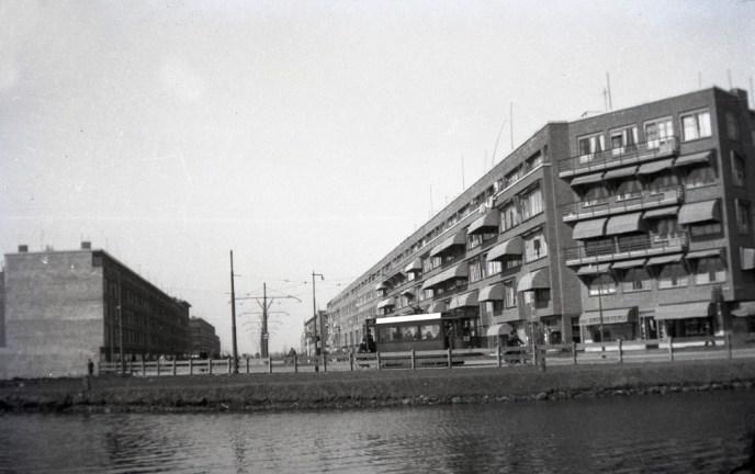 Herkenbaar en toch weer niet helemaal; de Schieweg in 1933