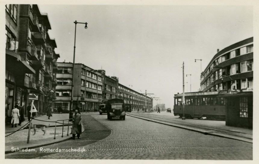 Rotterdamschedijk Schiedam, lijn 8, ca. 1950