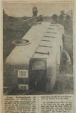 19601109-B-Bus-kantelt-in-berm-HVV