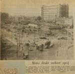 19611009-Metro-drukt-verkeer-opzij-NRC