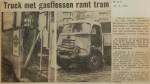 19630828-Truck-met-gasflessen-ramt-tram-HVV