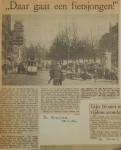 19640625-Daar-gaat-de-fietsjongen-Havenloods