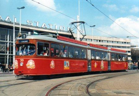 Motorrijtuig 319, lijn 1, Stationsplein, Van Nelletram