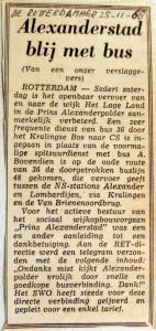 19681125 Alexanderstad blij met bus (Rotterdammer)