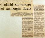 19691222 Gladheid zat verkeer tot vanmorgen dwars