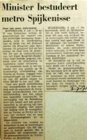 19710703 Minister bestudeert metro Spijkenisse