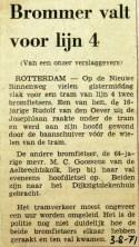 19710803 Brommer valt voor lijn 4