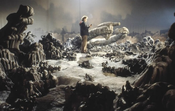 Alien Behind the Scenes - Denys Ayling with the Derelict Ship