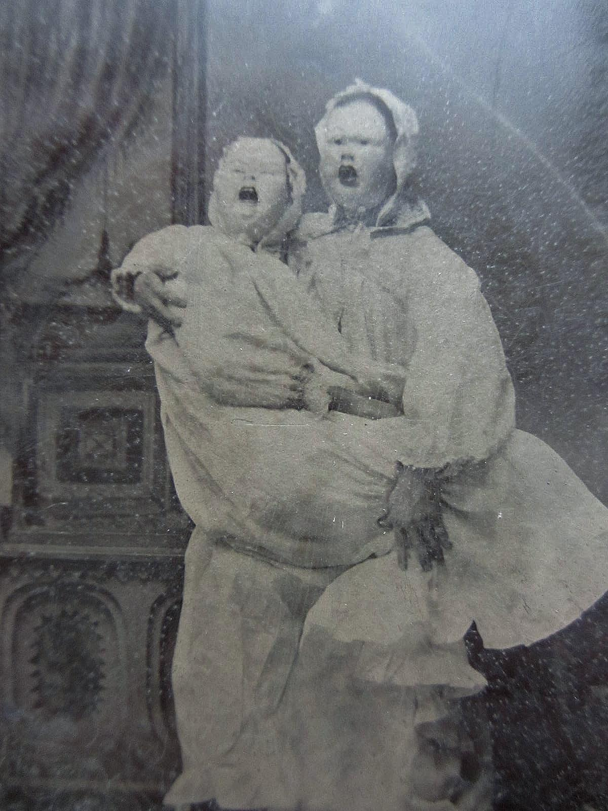 Creepy Vintage Halloween Photos  122 Pics Creepy Vintage Photography