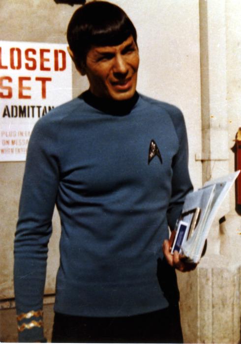 Vintage Behind the Scenes Photos of Leonard Nimoy as Spock - Star Trek