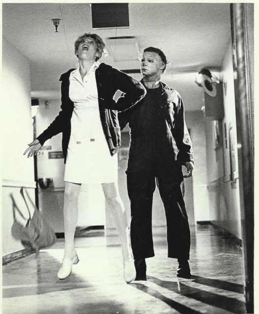 Halloween II: Michael Myers killing Nurse