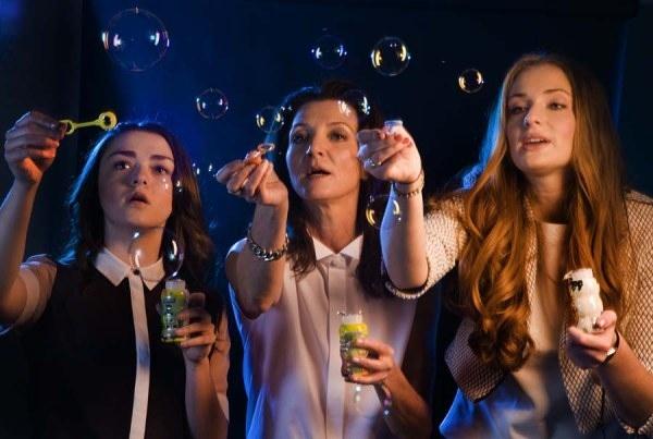 Game of Thrones Cast: Maisie Williams (Arya Stark), Michelle Fairley (Catelyn Stark), Sophie Turner (Sansa Stark)