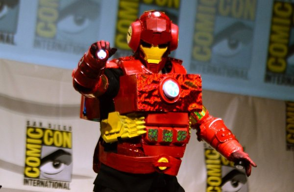 Dan Harmon in Iron Man Suit by Rob Schrab at Comic-con - Made by Rob Schrab