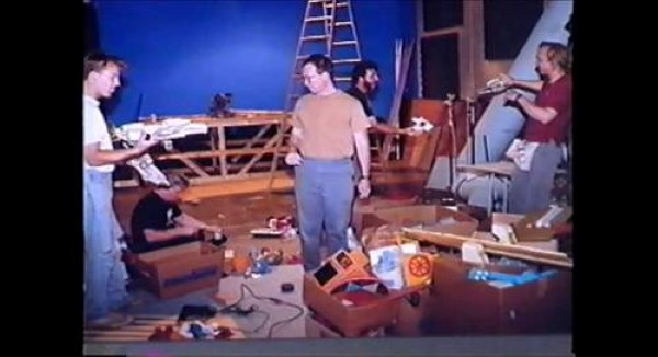 mst3k behind the scenes joel hodgson and mike nelson on set