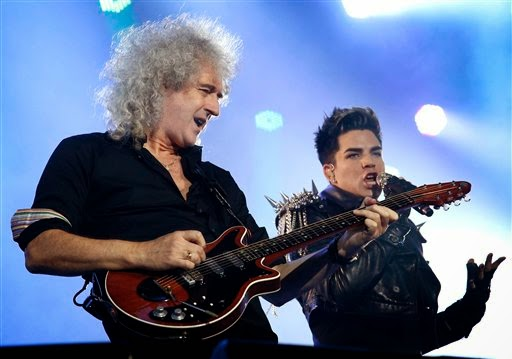 "Is Queen + Adam Lambert A Tribute Or Triumph? Auckland Concert Review, Plus Analysis Of ""Under Pressure"""