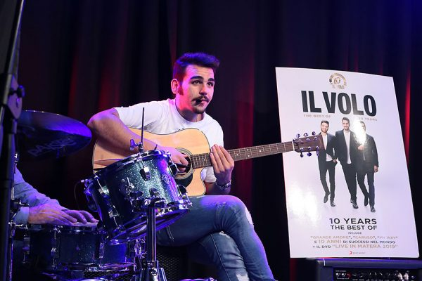 il-volo-red-ronnie-barone-rosso-speciale-roxy-bar
