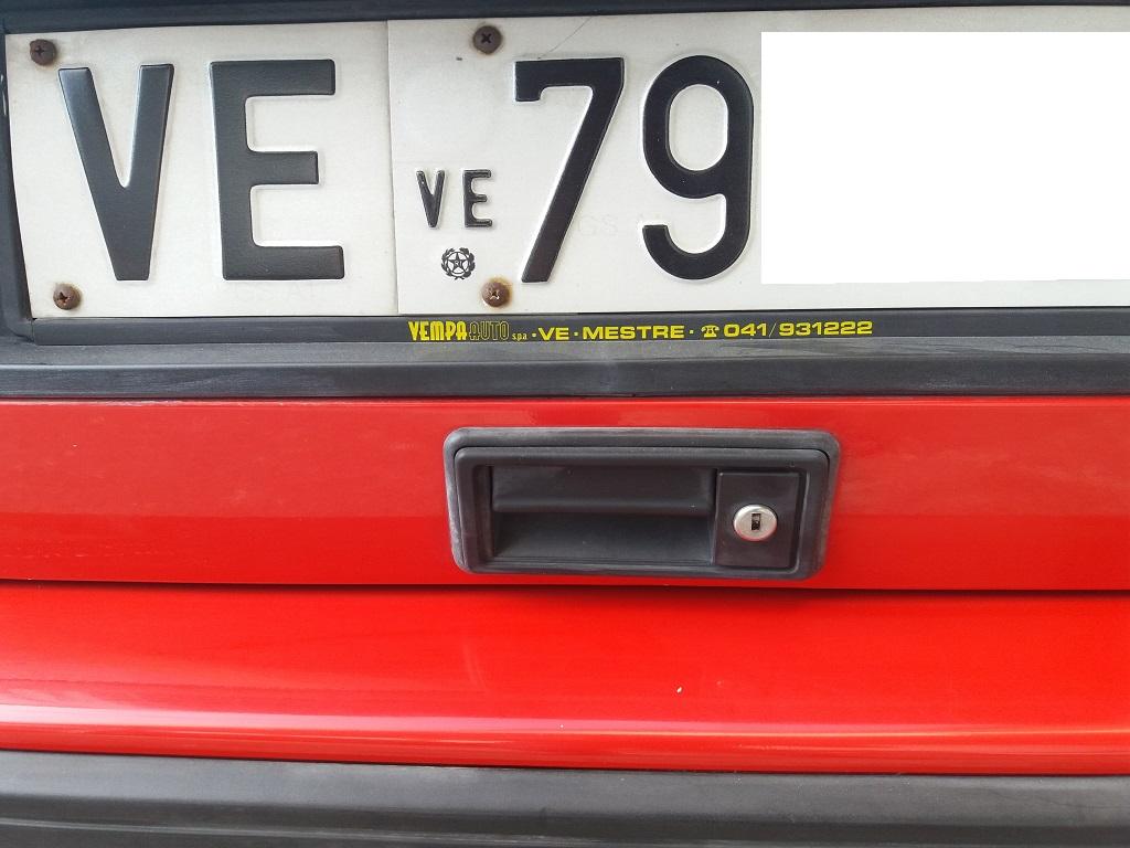 Lancia Delta HF Turbo i.e (13)