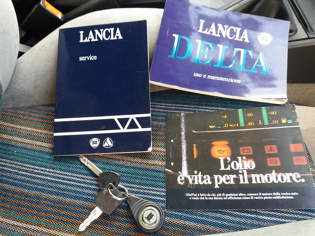 Lancia Delta HF Turbo i.e (36)