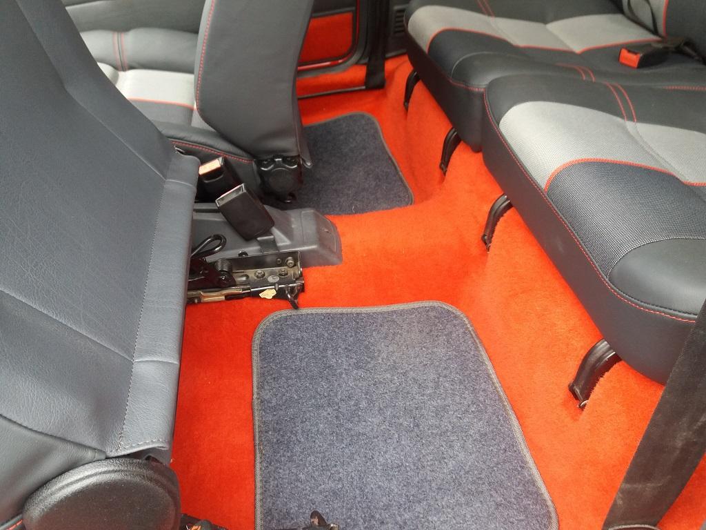 Peugeot 205 1.9 GTI 130 cv (24)