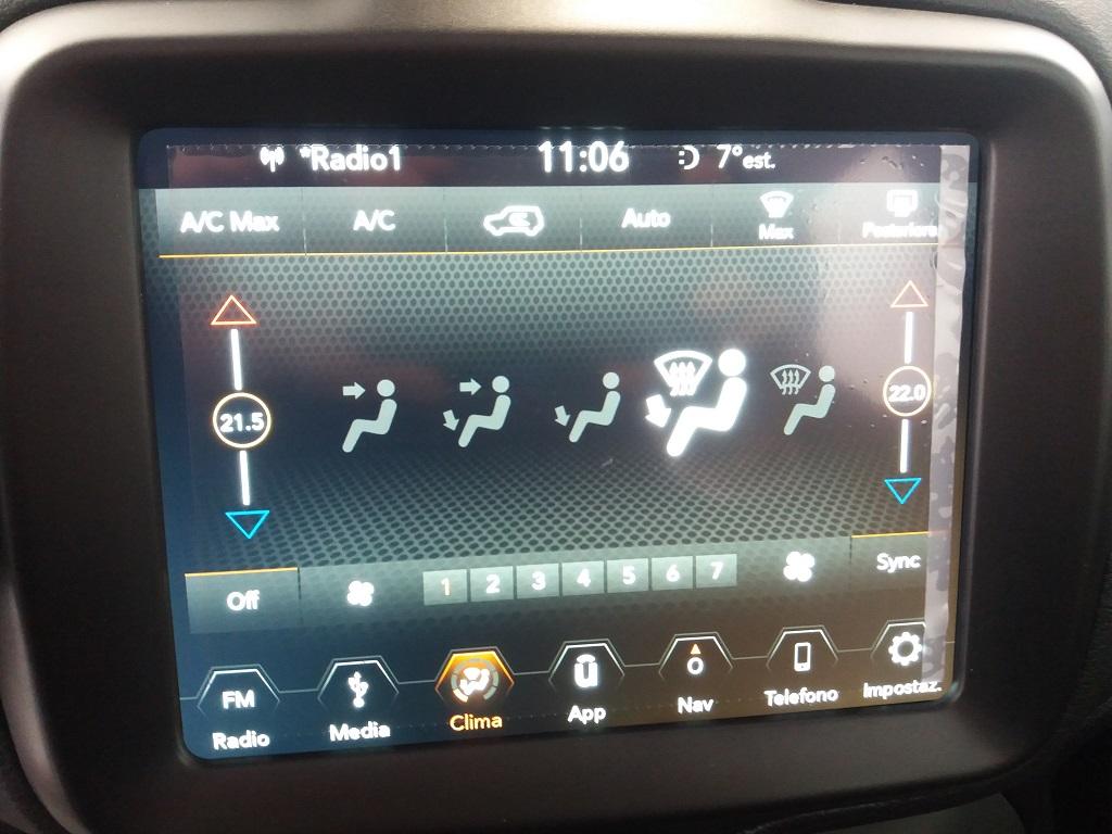 Jeep Renegade 1.6 MJET 120 cv Business MY19 (12)