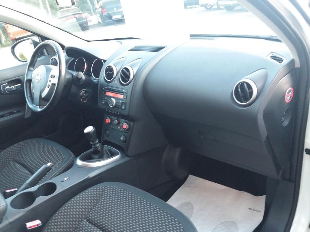 Nissan Qashqai 2.0 dCi DPF Acenta (17)
