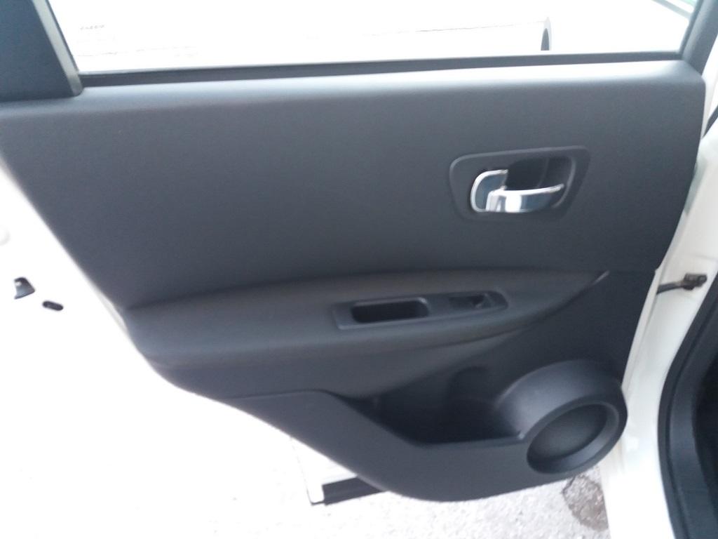 Nissan Qashqai 2.0 dCi DPF Acenta (22)