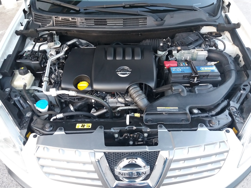 Nissan Qashqai 2.0 dCi DPF Acenta (34)