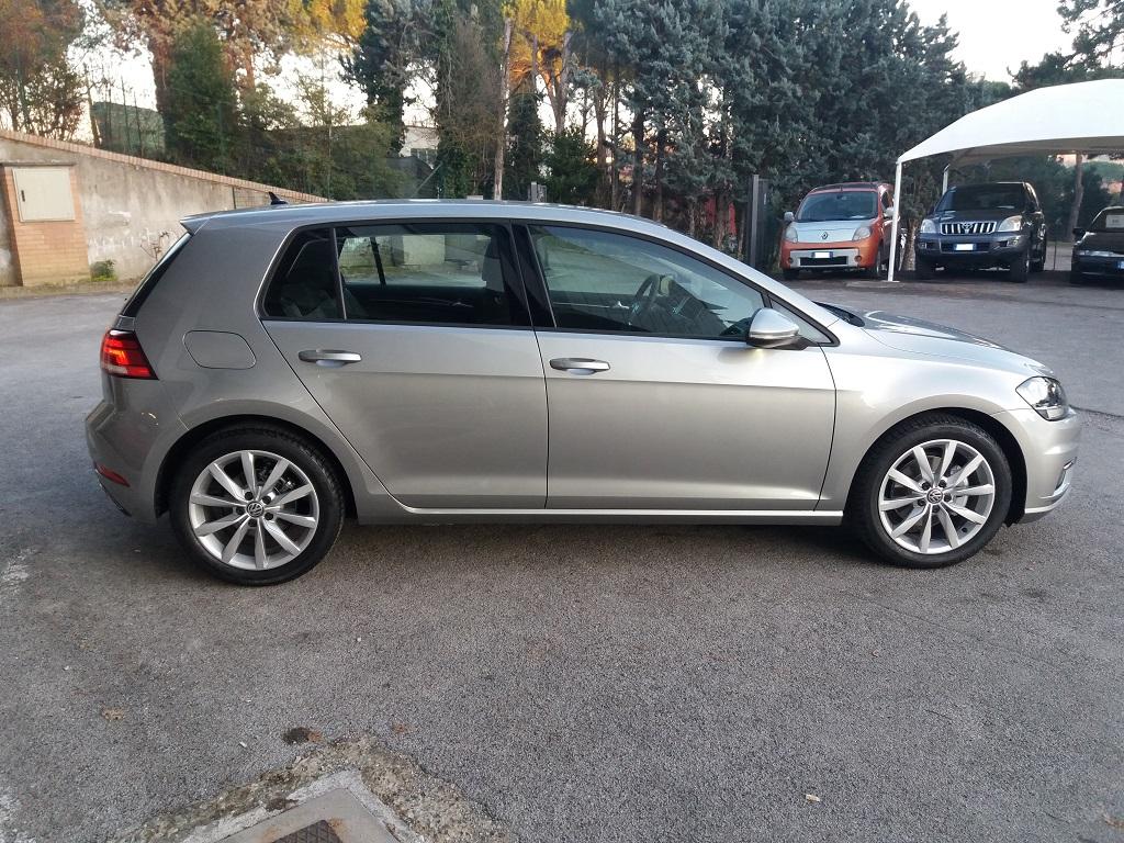 Volkswagen Golf 1.6 TDI Executive 115 cv (6)