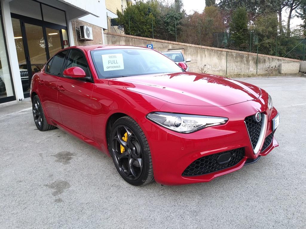 Alfa Romeo Giulia 2.2 Turbo Diesel 180 cv AT8 Super Sport Edition (7)