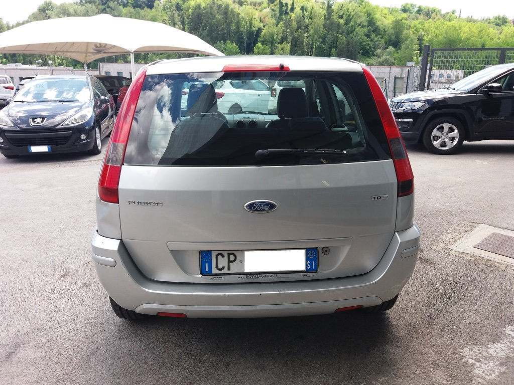 Ford Fusion 1.6 TDCi Collection (4)