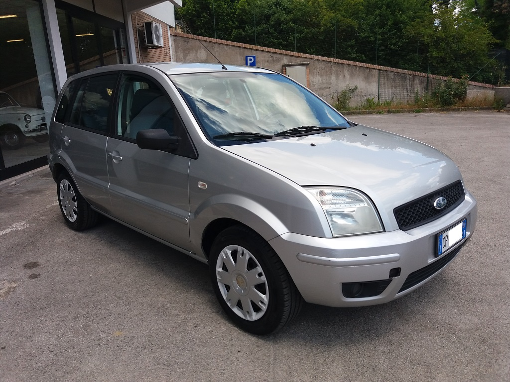 Ford Fusion 1.6 TDCi Collection (7)