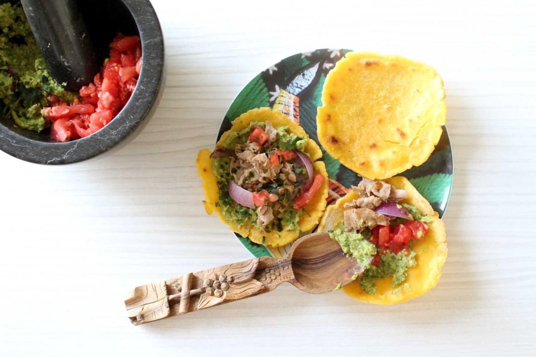 Tacos maison galettes de ma s guacamole et boeuf aux for Angine remede maison