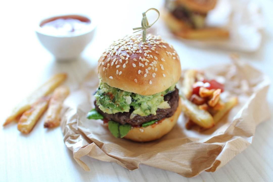 recette burger maison guacamole beaux quartiers