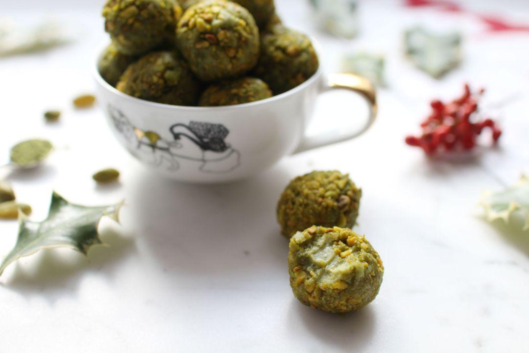 truffes-the-matcha-chocolat-blanc-herme