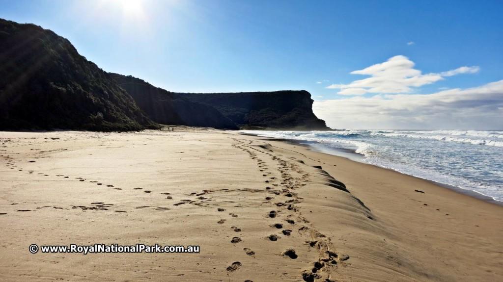 Walking on Garie Beach