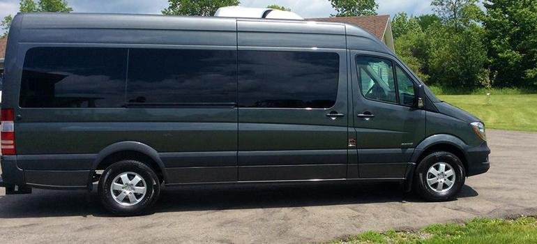 Mercedes Sprinter Slideshow - passenger side view
