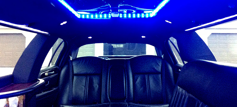 2011 all black towncar interior rear
