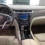 2013 Cadillac XTS - interior front seat
