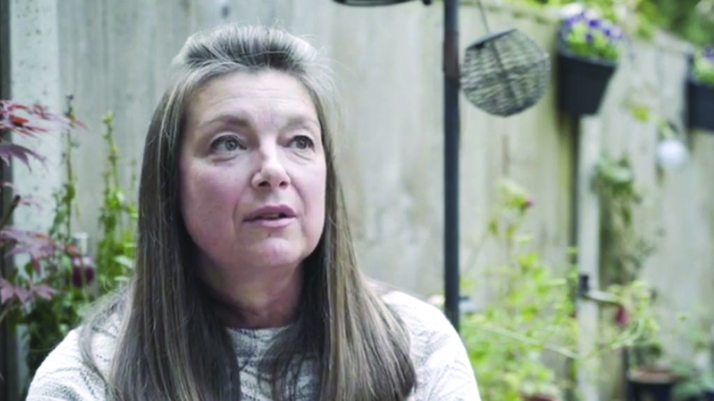 Wendy is living with stage 4 lung cancer with liver metastases