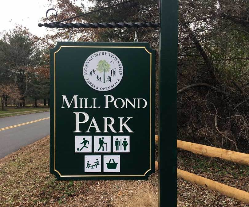 mill-pond-road-carved-sign