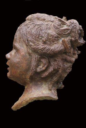 bronzen kleutertje