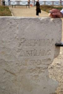 Kamień Piłata znaleziony w Cezarei Nadmorskiej