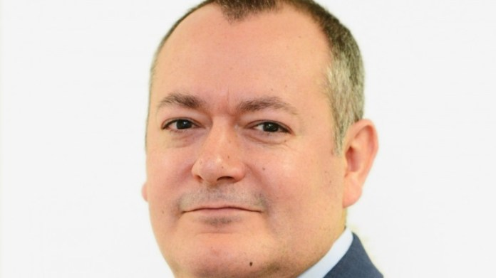 "Michael Dugher: impression is ministers ""don't care"" about jobs in betting shops"