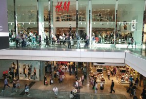 1254376_H_M_Westfield___store_front