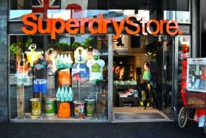 Entrada-Superdry-Store-Ibiza