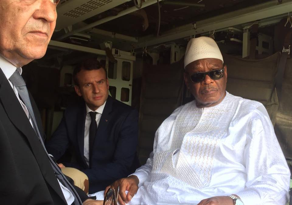 Macron/IBK: La révision constitutionnelle à venir évoquée à Paris