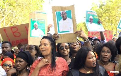 Manifestation à Paris pour reconnaître Soumaila CISSE président