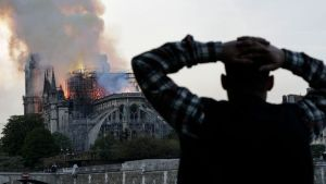 Incendie de la cathédrale notre dame de PAris