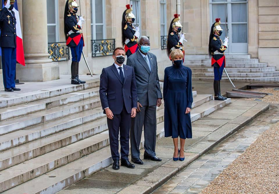 Le président Bah N'DAW reçu à l'élysée par le couple présidentiel Macron