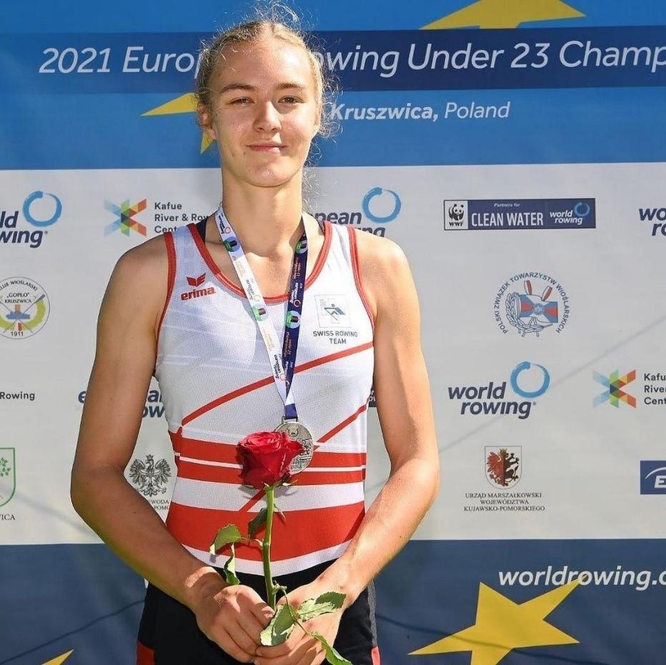 Aurelia mit Medaille